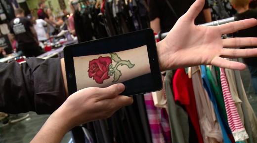 iPadで痛みもなくタトゥーを入れる時代がやってきた!?